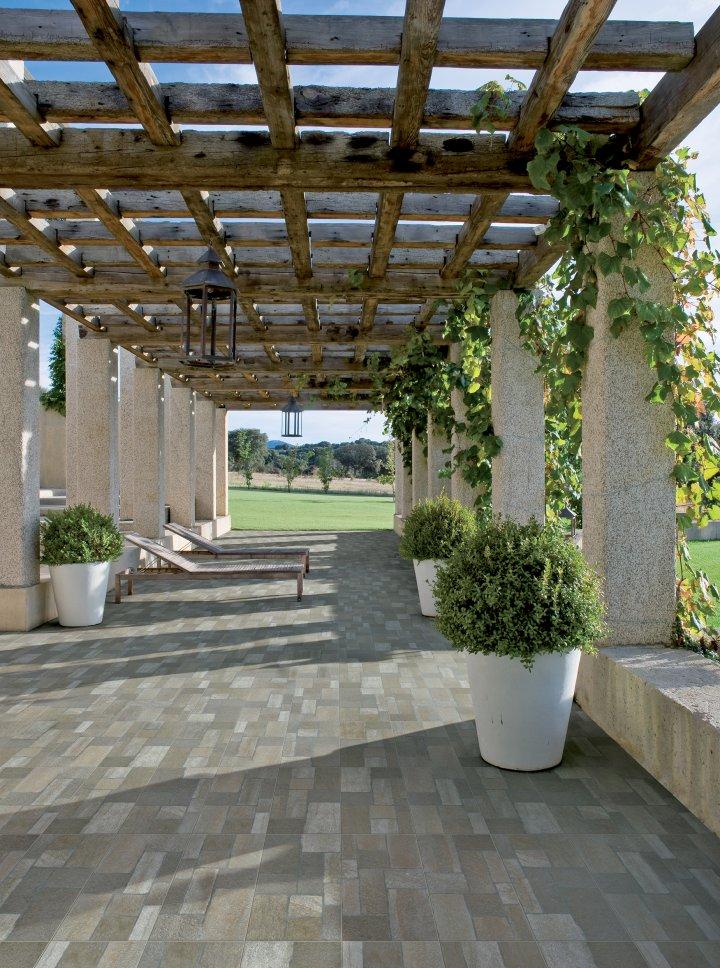 Serie porfidi pavimenti e rivestimenti moda for Pavimento esterno effetto pietra